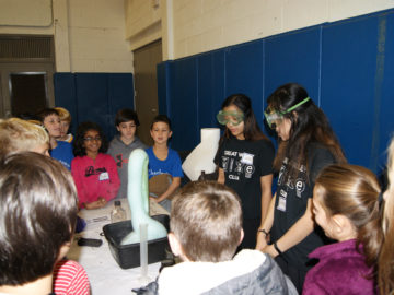 High school science club welcomes elementary students