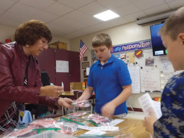 Helping Hands Club provides service learning at Bethel Springs Elementary