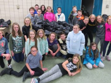 McClellan Elementary students create blessing bags for Pittsburgh's homeless community