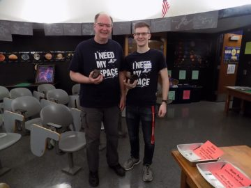 Community rallies to bring students the moon, planets