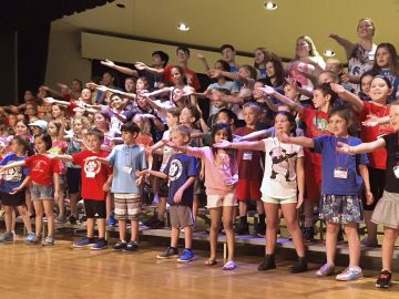 More than 100 children perform at Colonial School District's Singfest