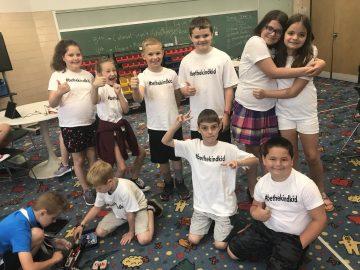 Avonworth students start #bethekindkid trend