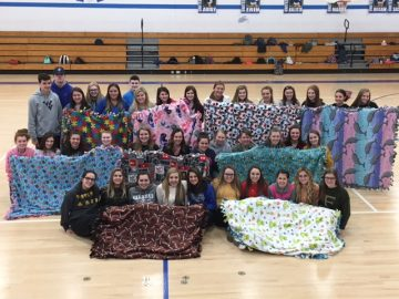 United High School Student Council shows support for children's hospital