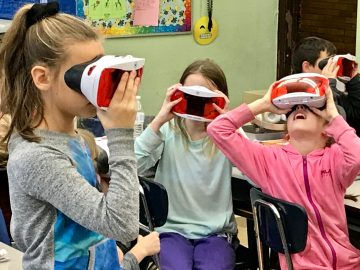 Virtual Reality adds to student learning in Quakertown