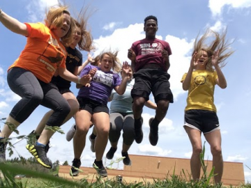 Students encourage healthy lifestyles with Healthy Selfie campaign
