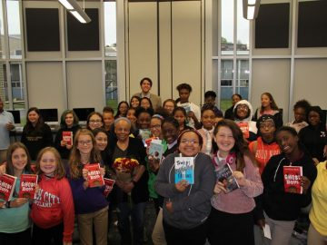 New York Times bestselling author visits Woodland Hills
